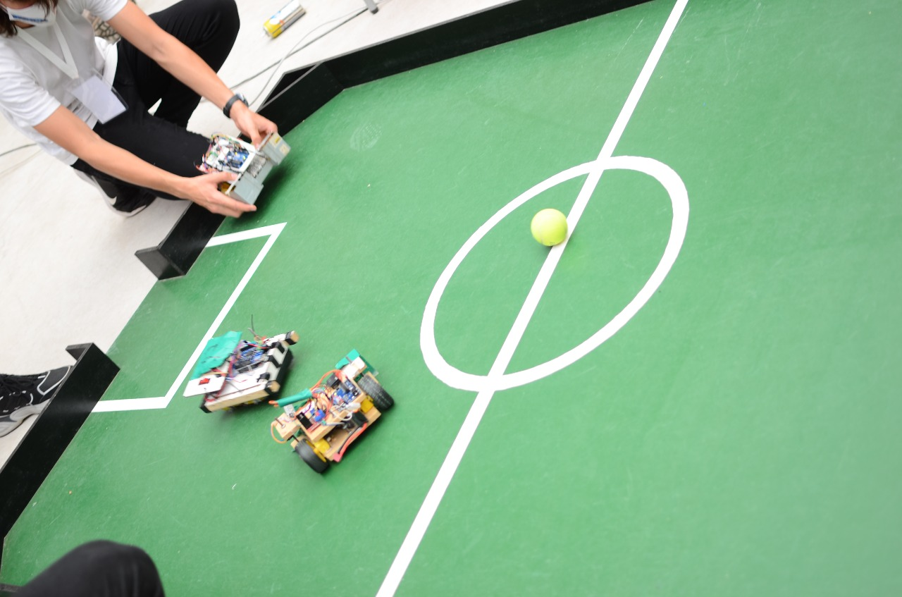"""Hoy se define la """"Copa Robótica Misiones"""" en la Escuela de Robótica"""